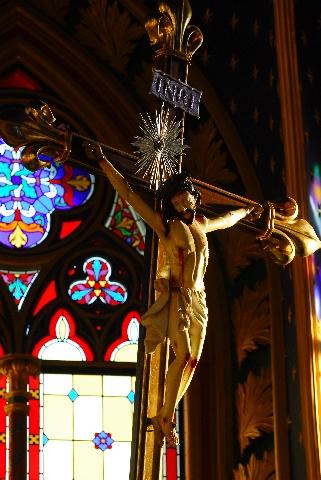 Corpus Christi, salva me. Sanguis Christi, inebria me. Aqua lateris Christi, lava me. Amen.